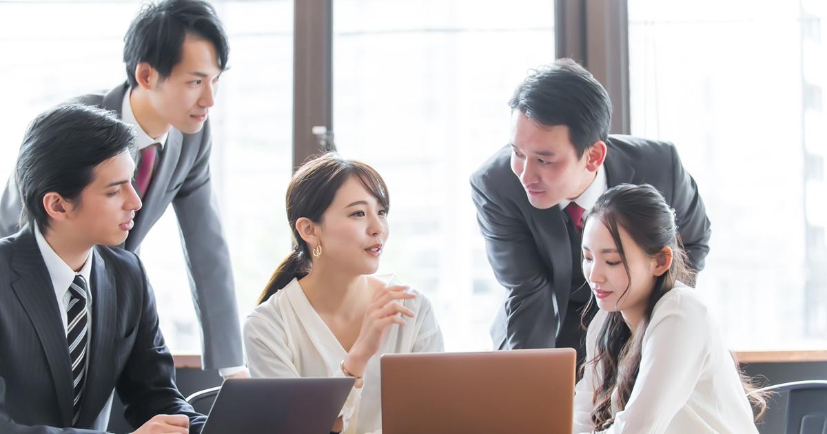 ワークフローについて興味・関心のある会社員は約7割、一方で61.3%が知る手段が充実していないと回答